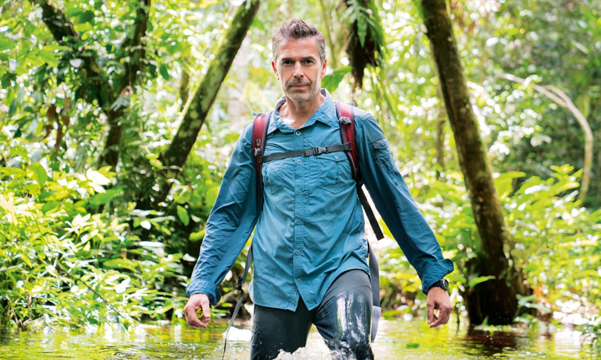 Dirk Steffens unterwegs im Kongobecken.