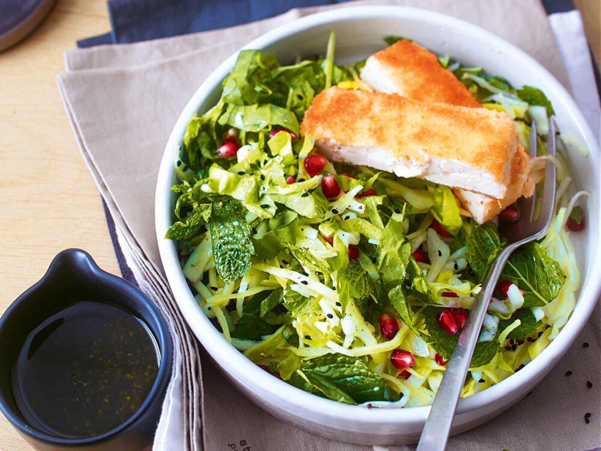 Endivien-Weißkrautsalat mit Feta