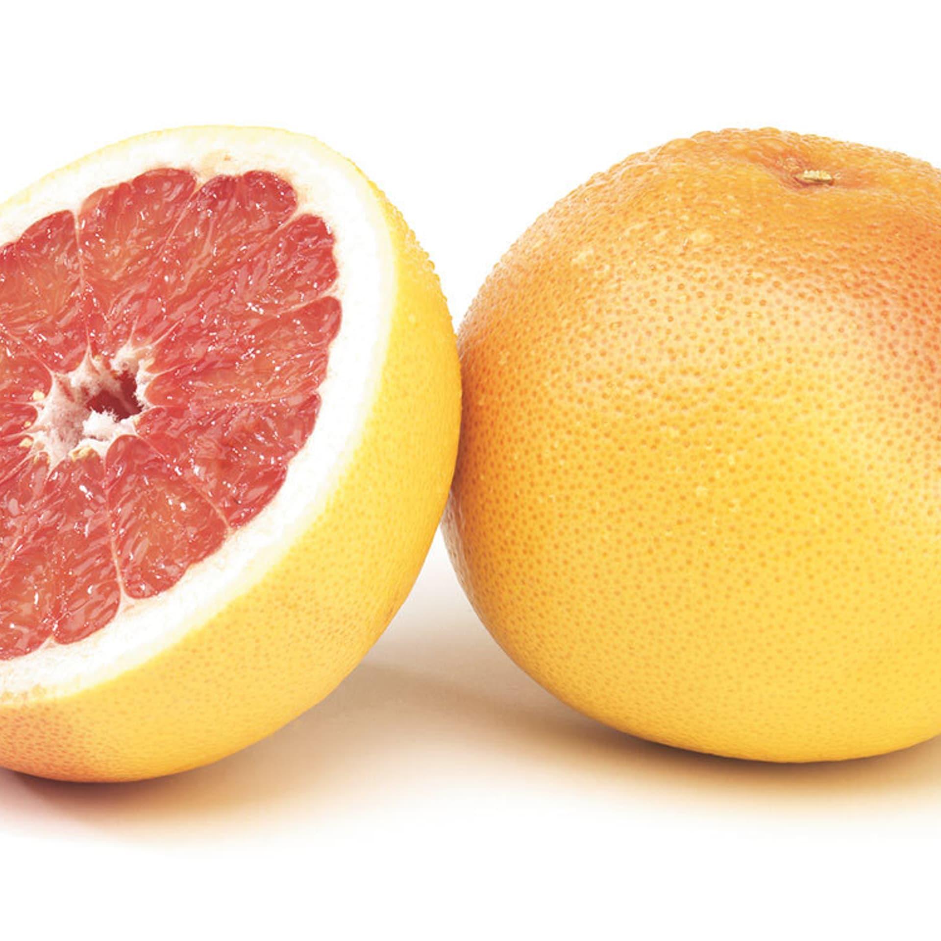 Feldsalat mit Grapefruit und Walnuss