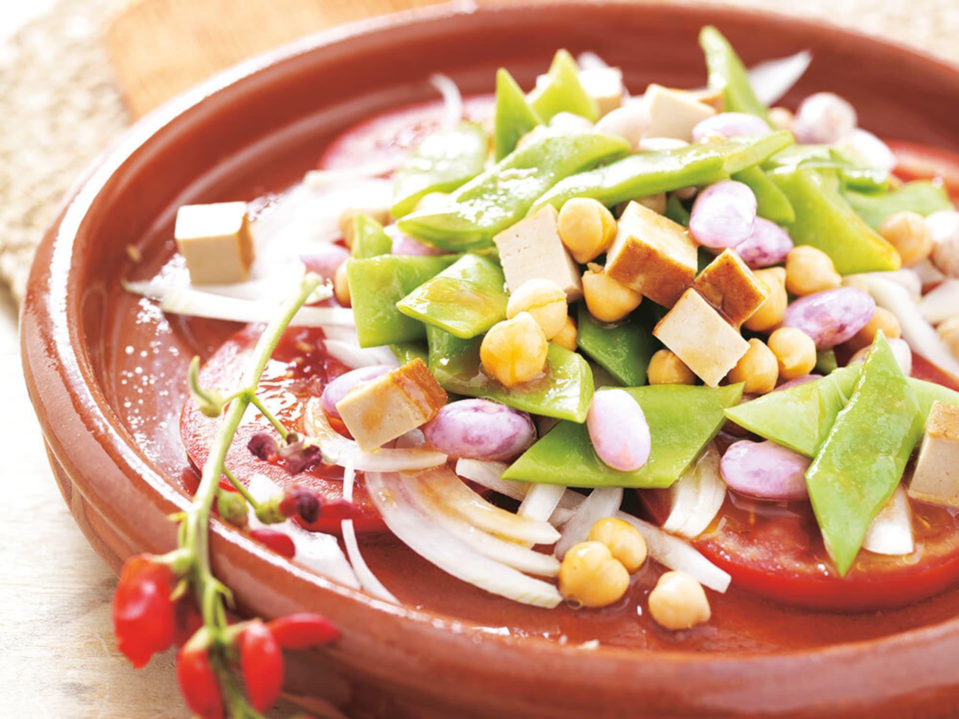 Salat mit diversen Bohnensorten