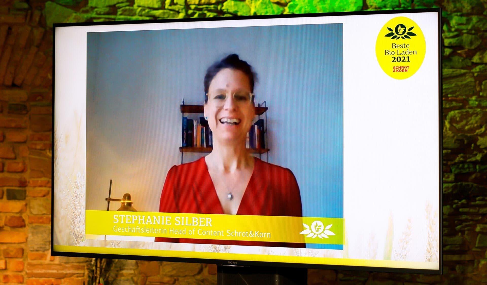 Schrot&Korn-Chefredakteurin Stephanie Silber schickt ein kurzes Grußwort