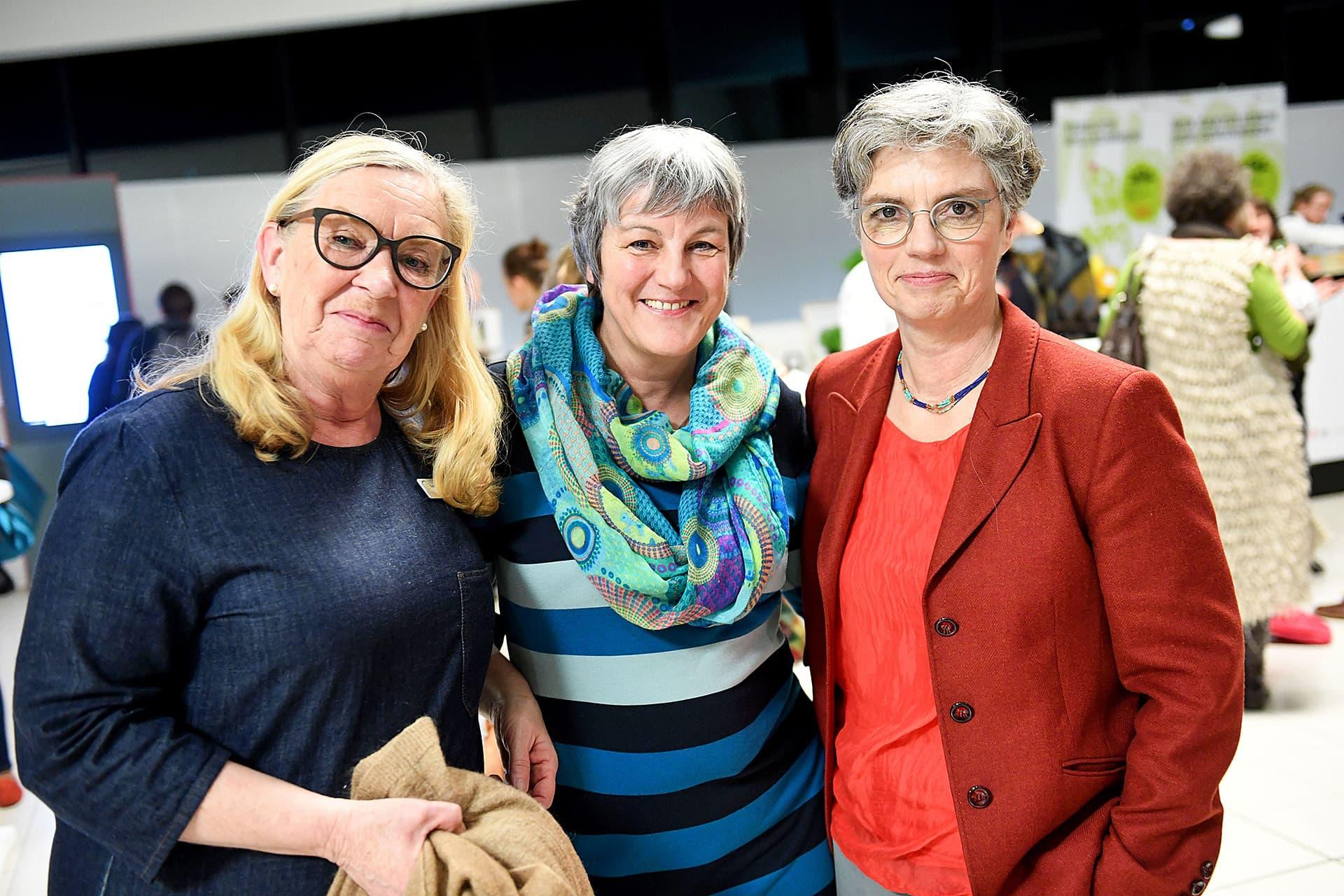 Ellen Heil, Eva Kiene von Rapunzel und Sabine Kauffmann posieren.
