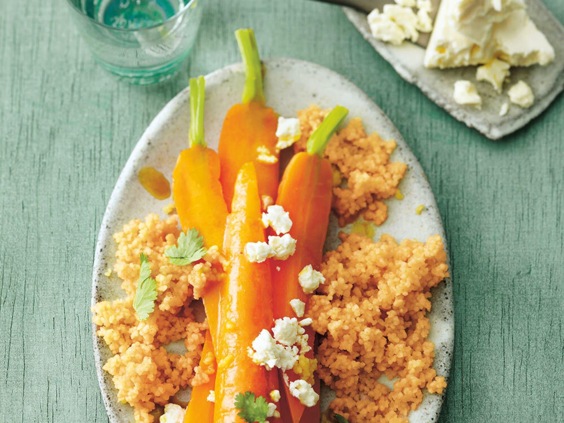 Gedünstete Möhren mit Couscous