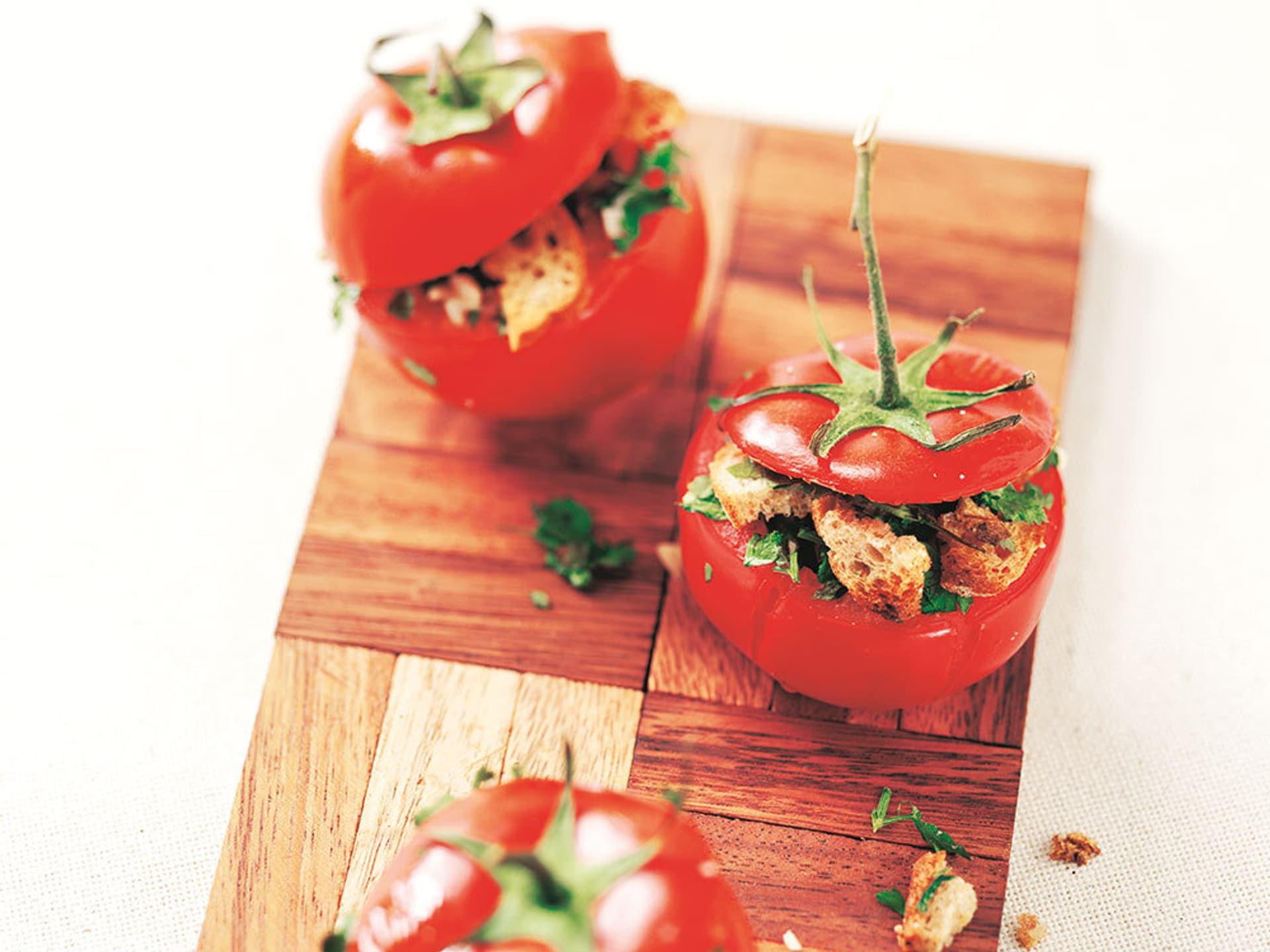 Gefuellte tomaten a la provencale