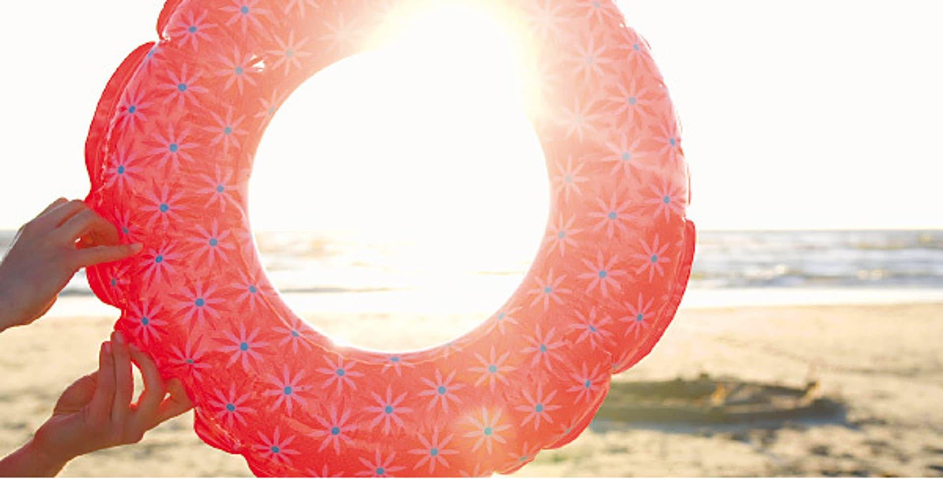 Sonnenschein am Strand (Foto: plainpicture/Lubitz+Dorner)