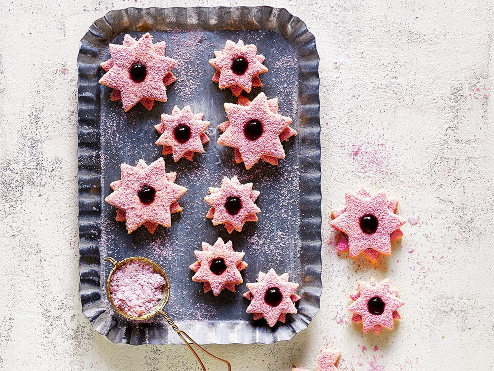 Himbeer-Sterne mit Kokos