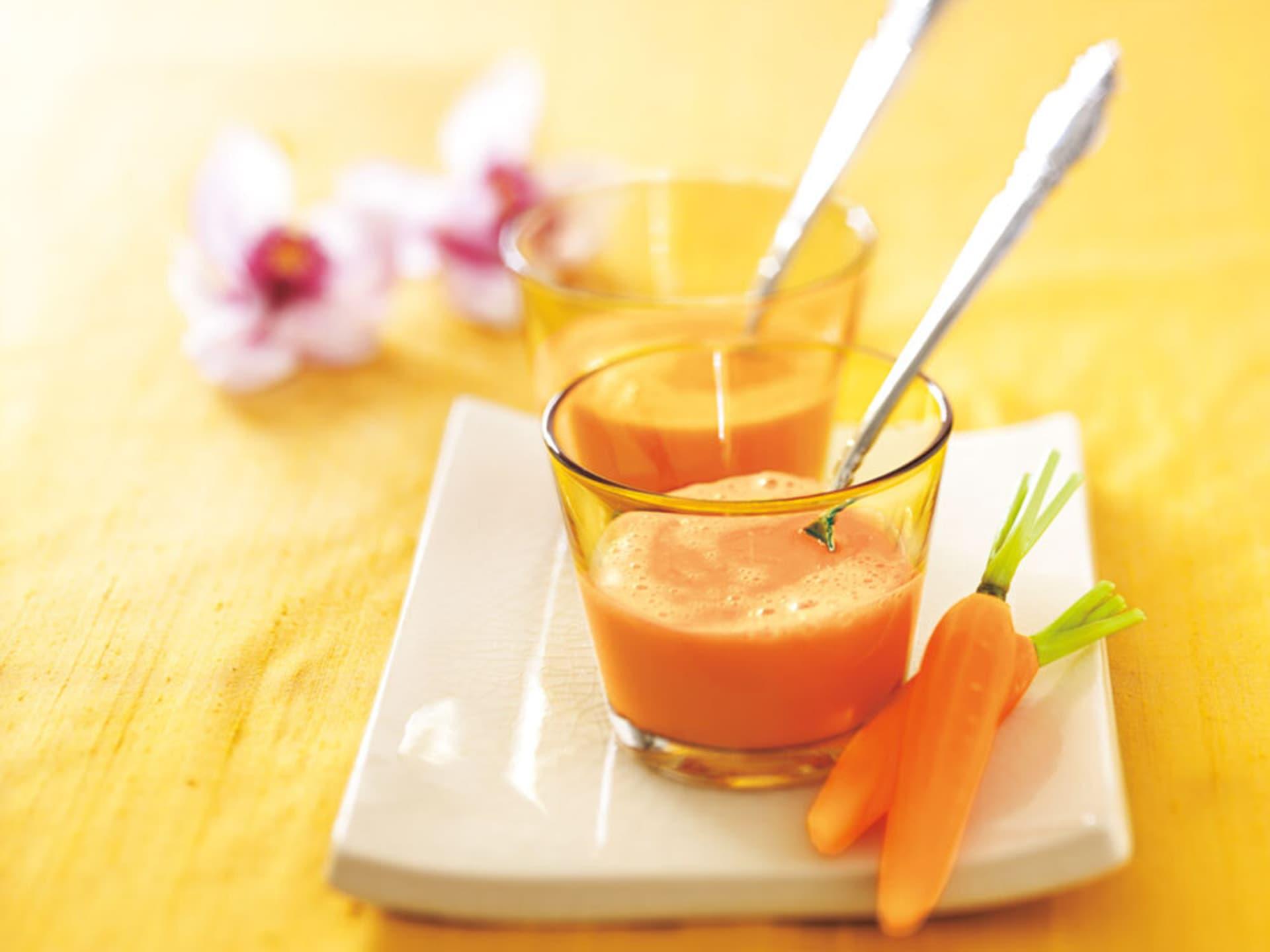 Karotten-Ingwer-Suppe mit Kokos