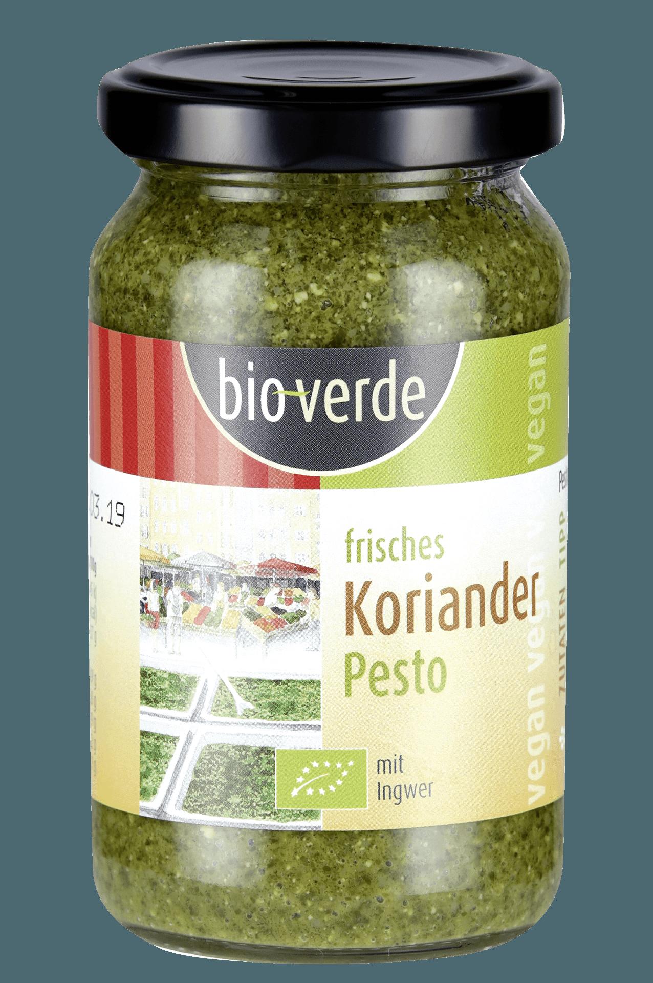 ein Glas voll grünem Pesto