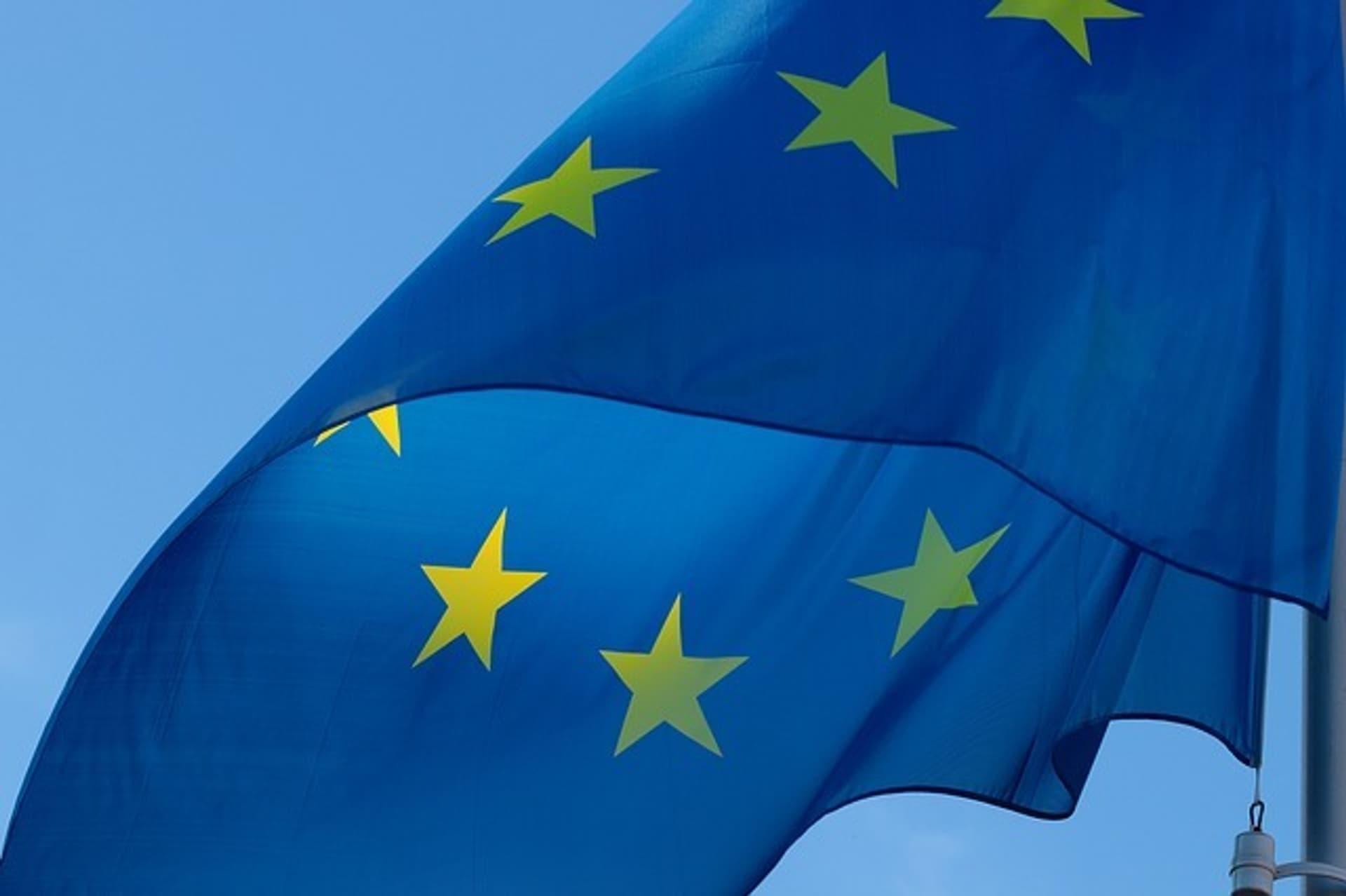 EU Flagge c Pixabay pixel2013