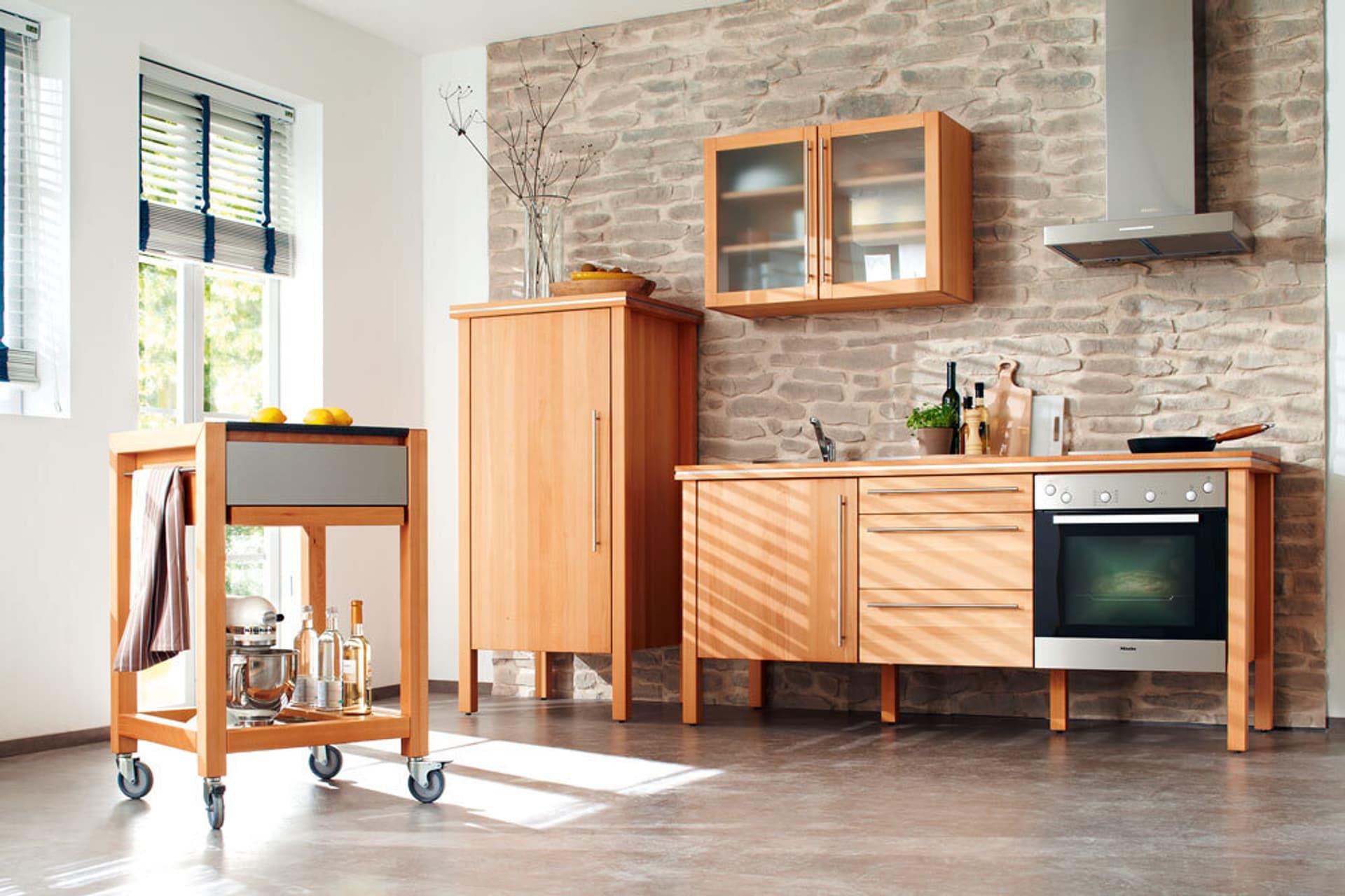 Küchenmöbel als Holz