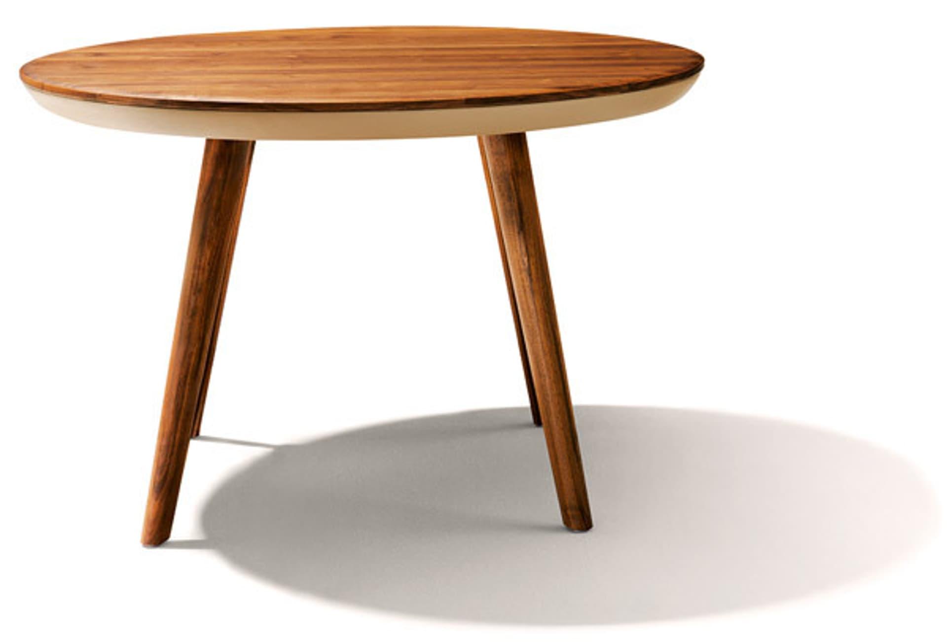 Runder Tisch aus Holz