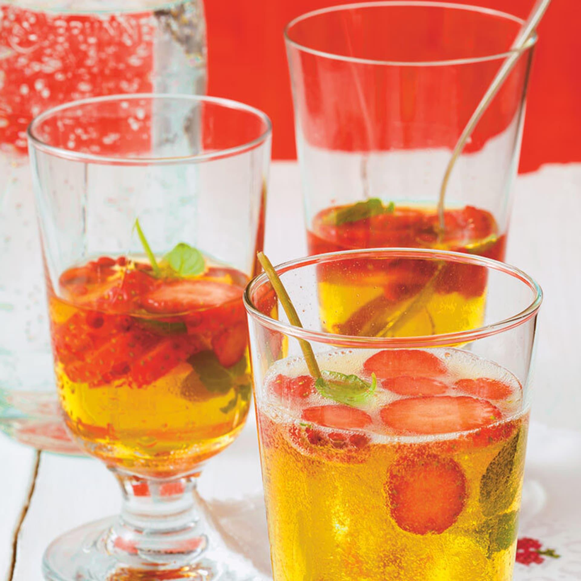 Minz-Erdbeer-Bowle