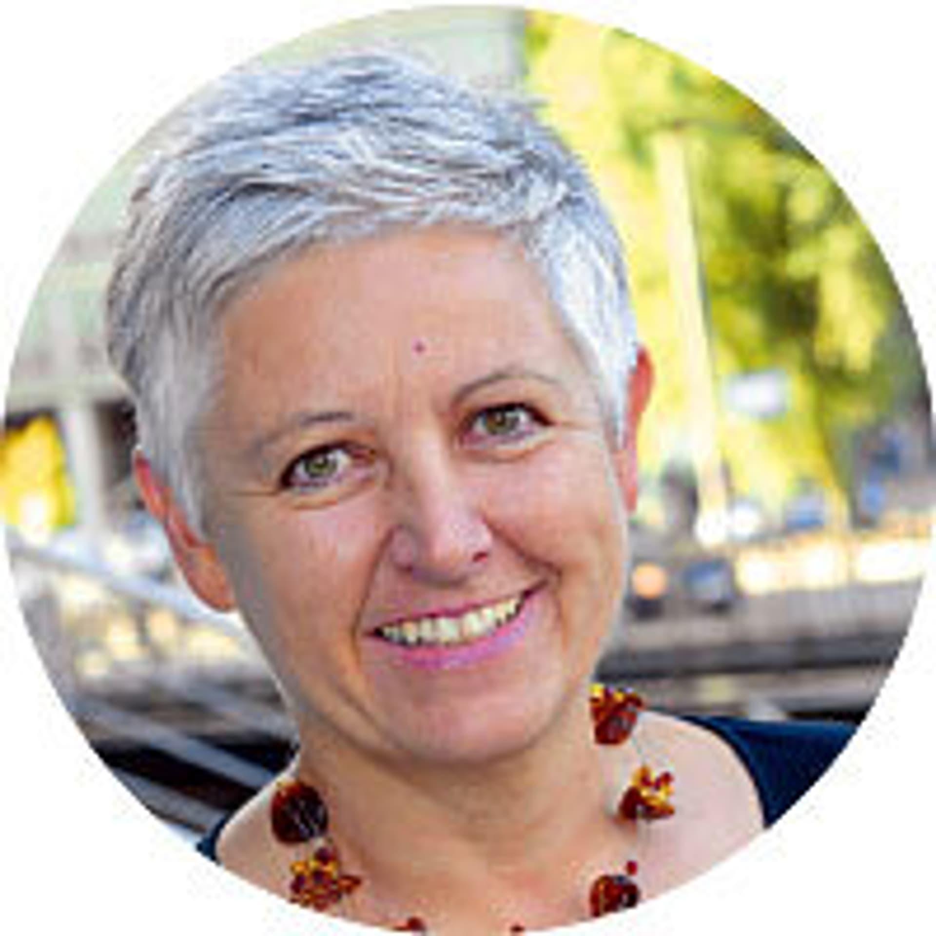 """Karin Haist: Sie leitet bei der Körber-Stiftung den Bereich Gesellschaft, der sich seit einigen Jahren mit dem Schwerpunkt """"Alter neu erfinden"""" beschäftigt."""