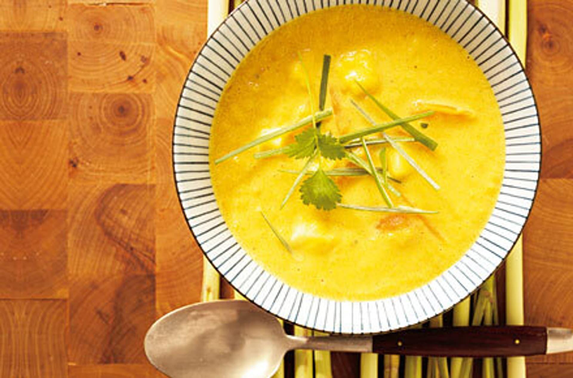Moehrensuppe mit mango