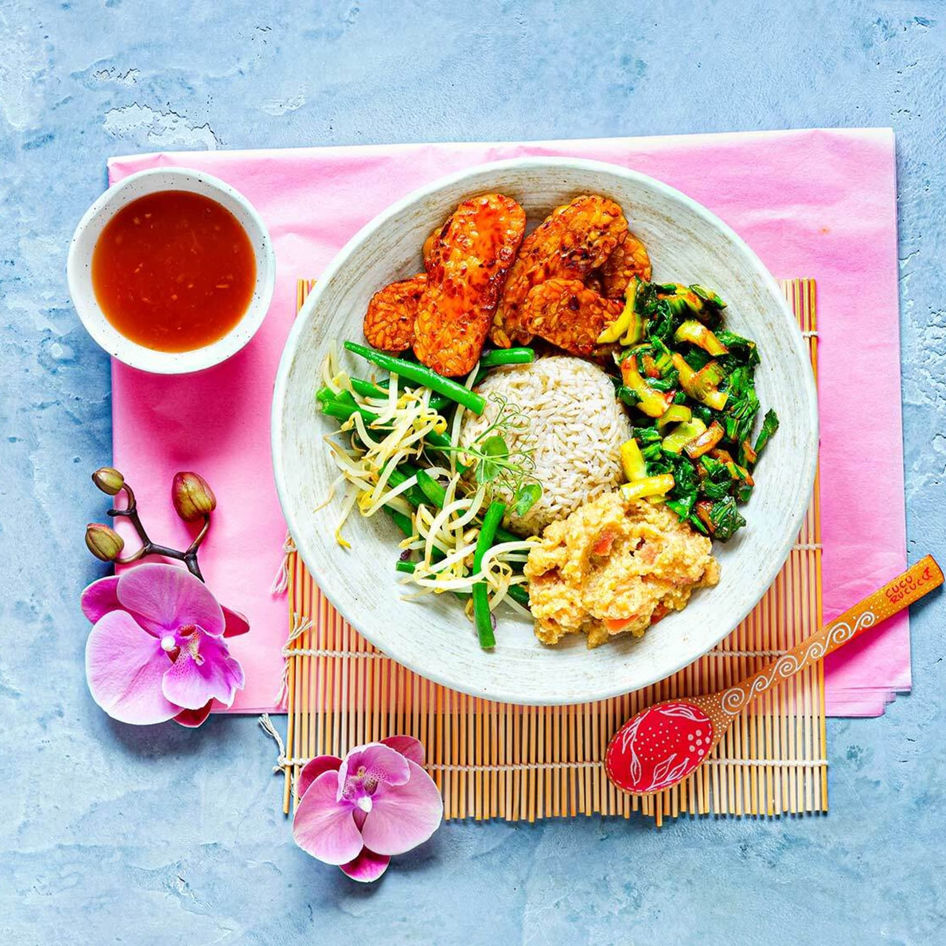 Nasi Campur – Reis mit Allerlei
