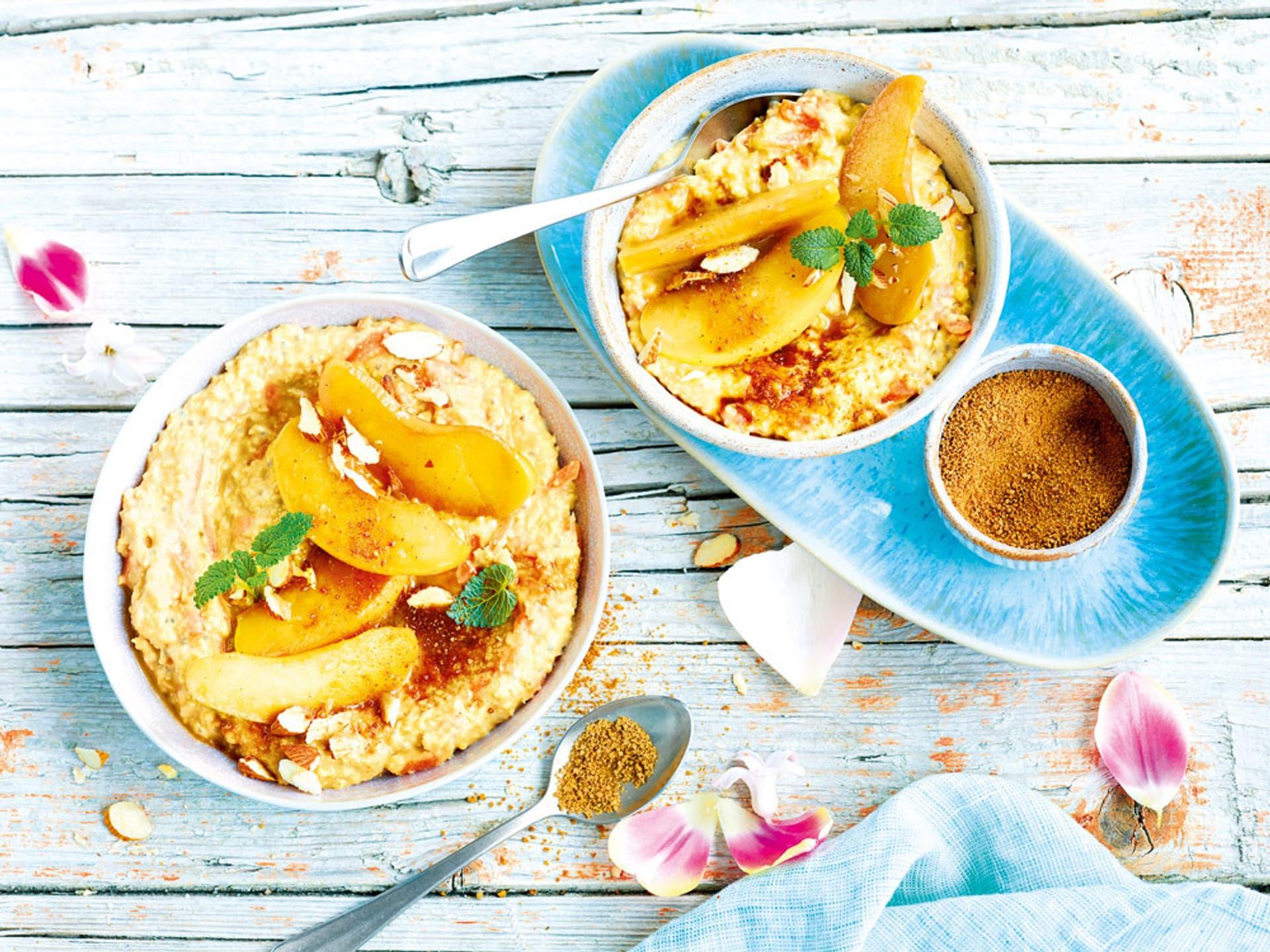 Porridge mit Karotte und Apfel
