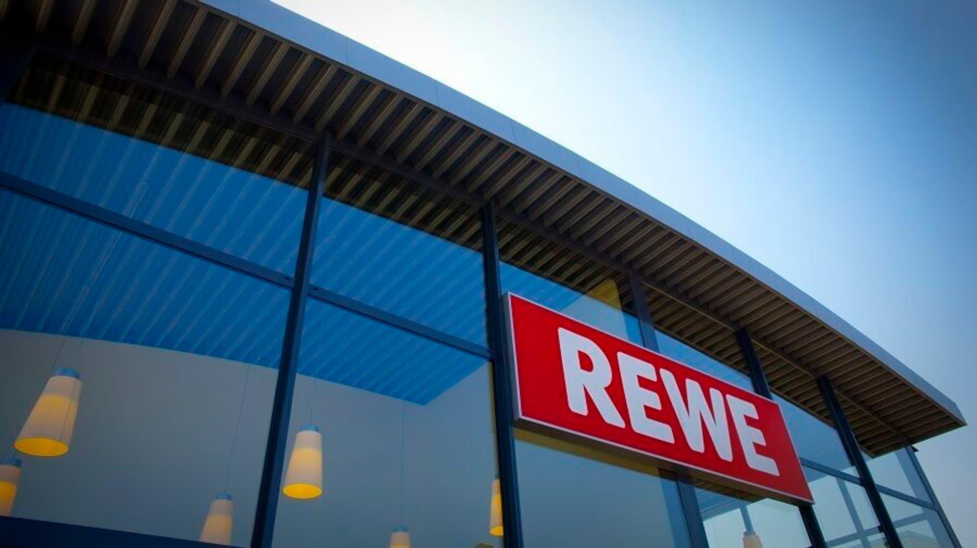 REWE Markt c Rewe