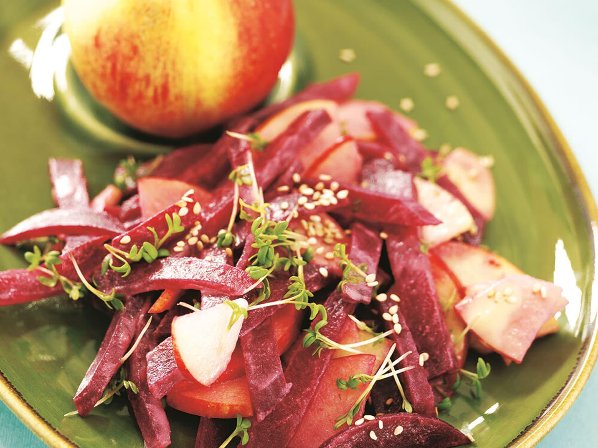 Rote bete salat mit sesam