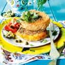 Sellerieschnitzel mit Liebstöckel Kapernbutter und Tomatensalat