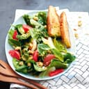Salat auf einem Teller
