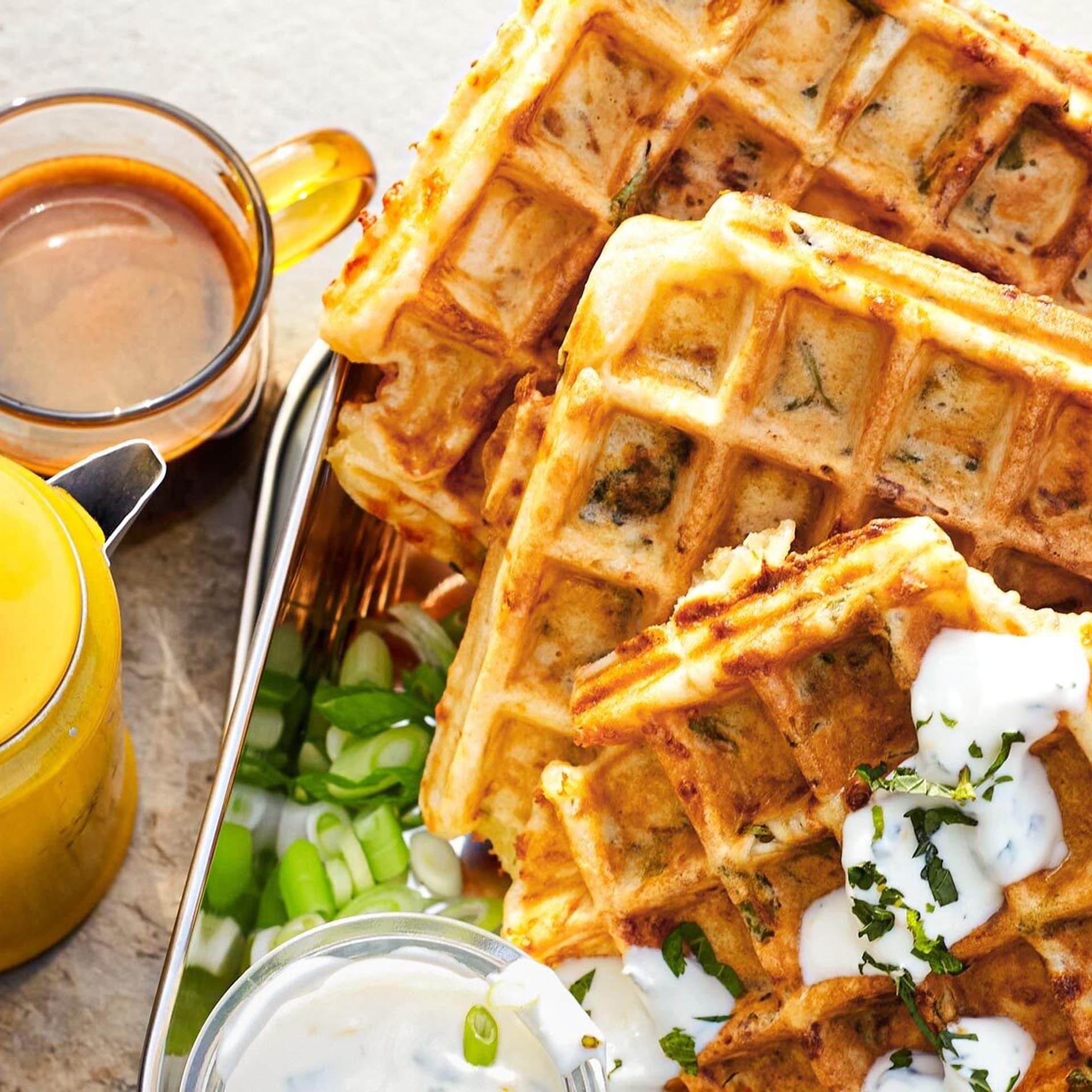 Spinatwaffeln mit Zitronenjoghurt