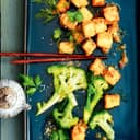 Tofu mit Ingwer und Brokkoli