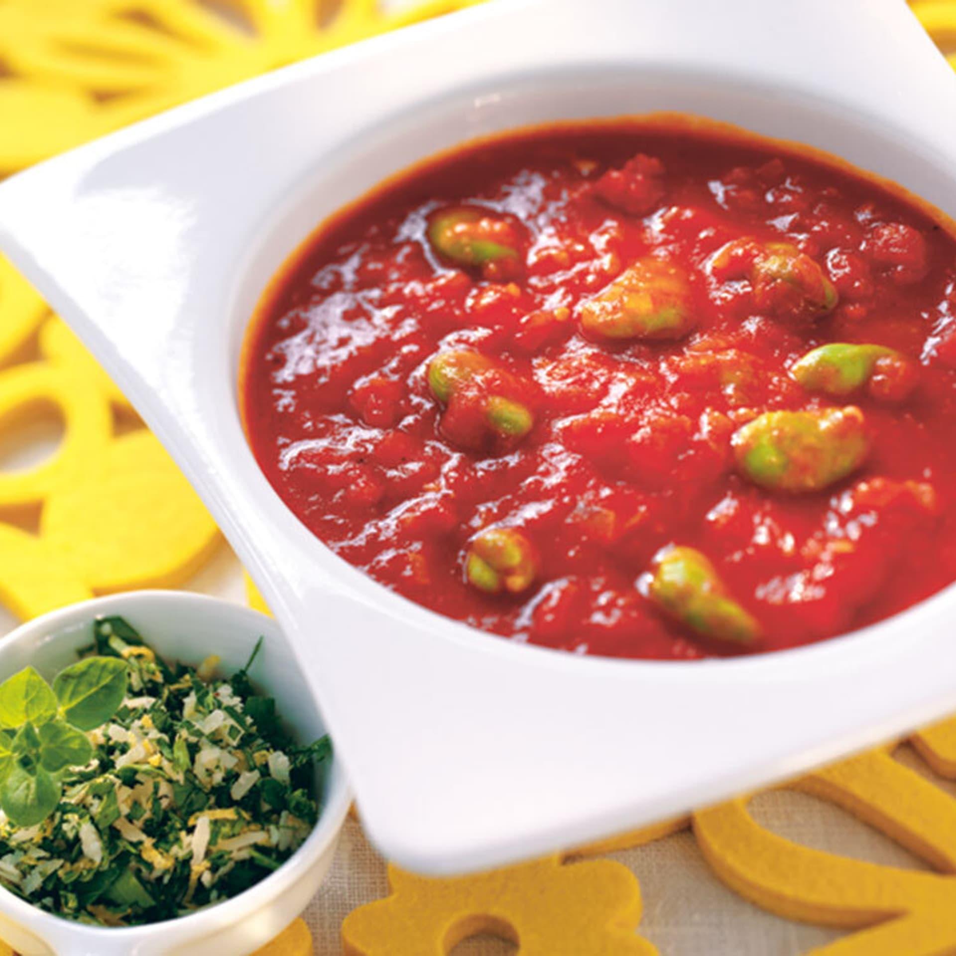 Tomaten bohnensuppe mit gremolata