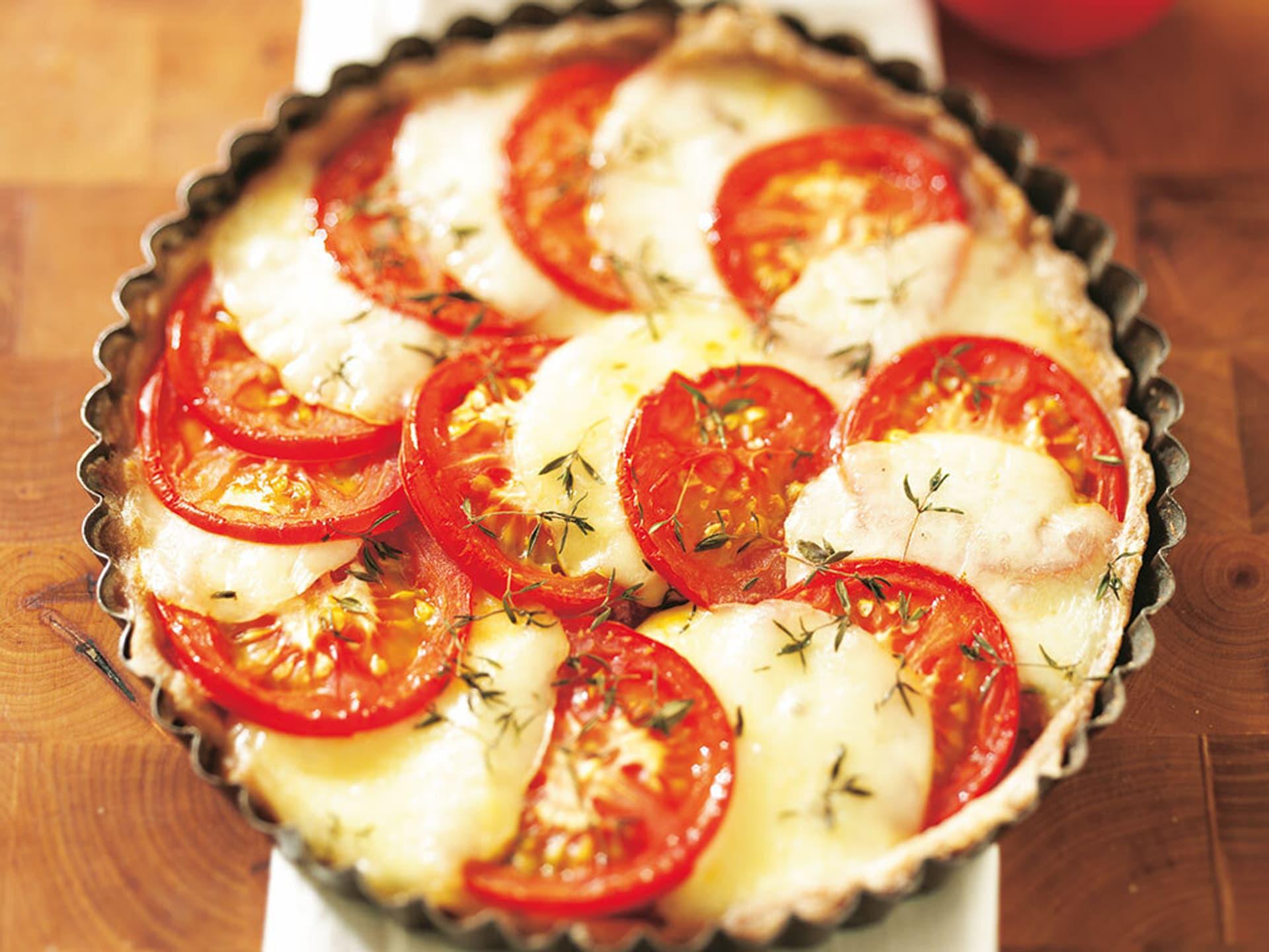 Tomaten mozzarella tarte mit thymian
