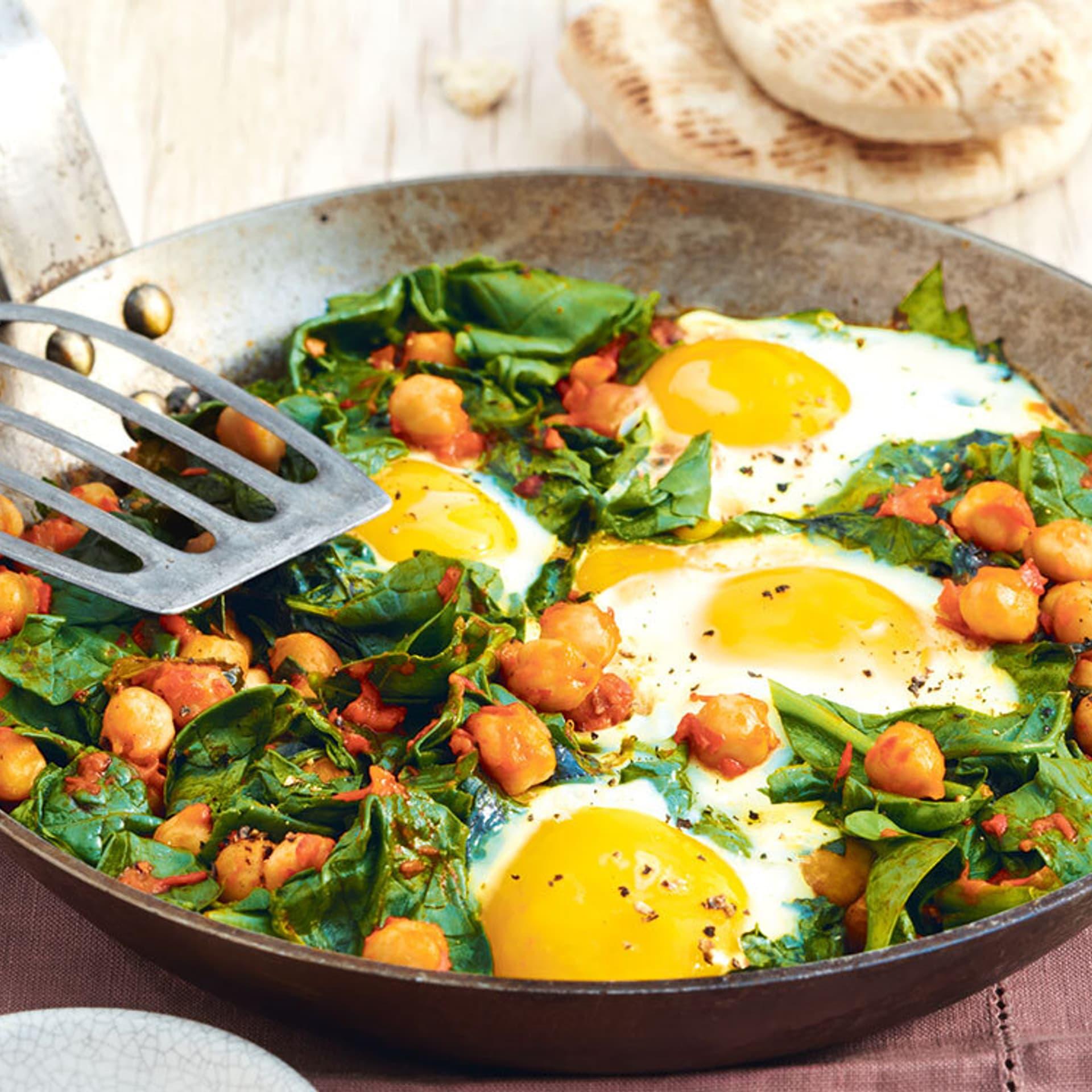 Türkische Spinat-Eierpfanne