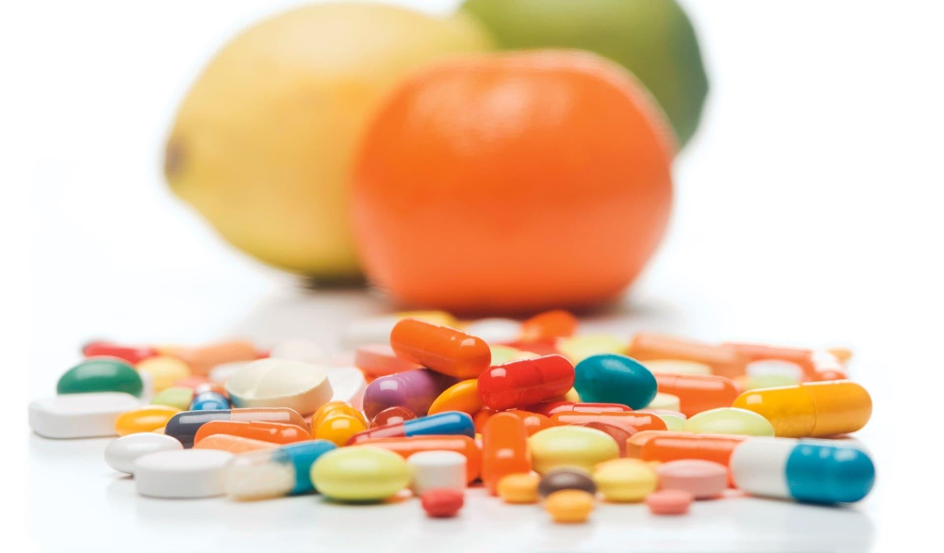 Bunte Vitaminpillen