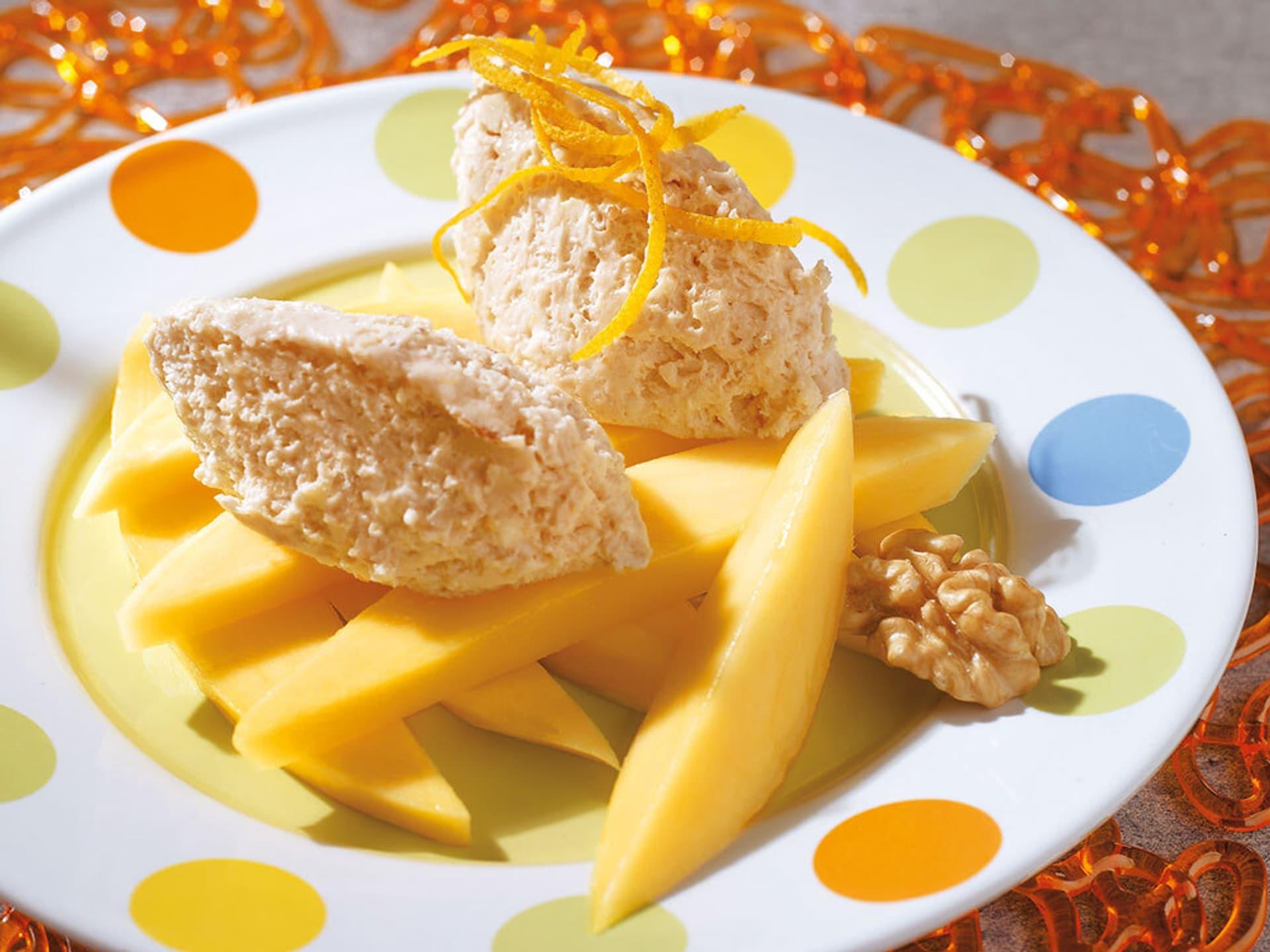 Walnuss-Mascarpone mit Mango