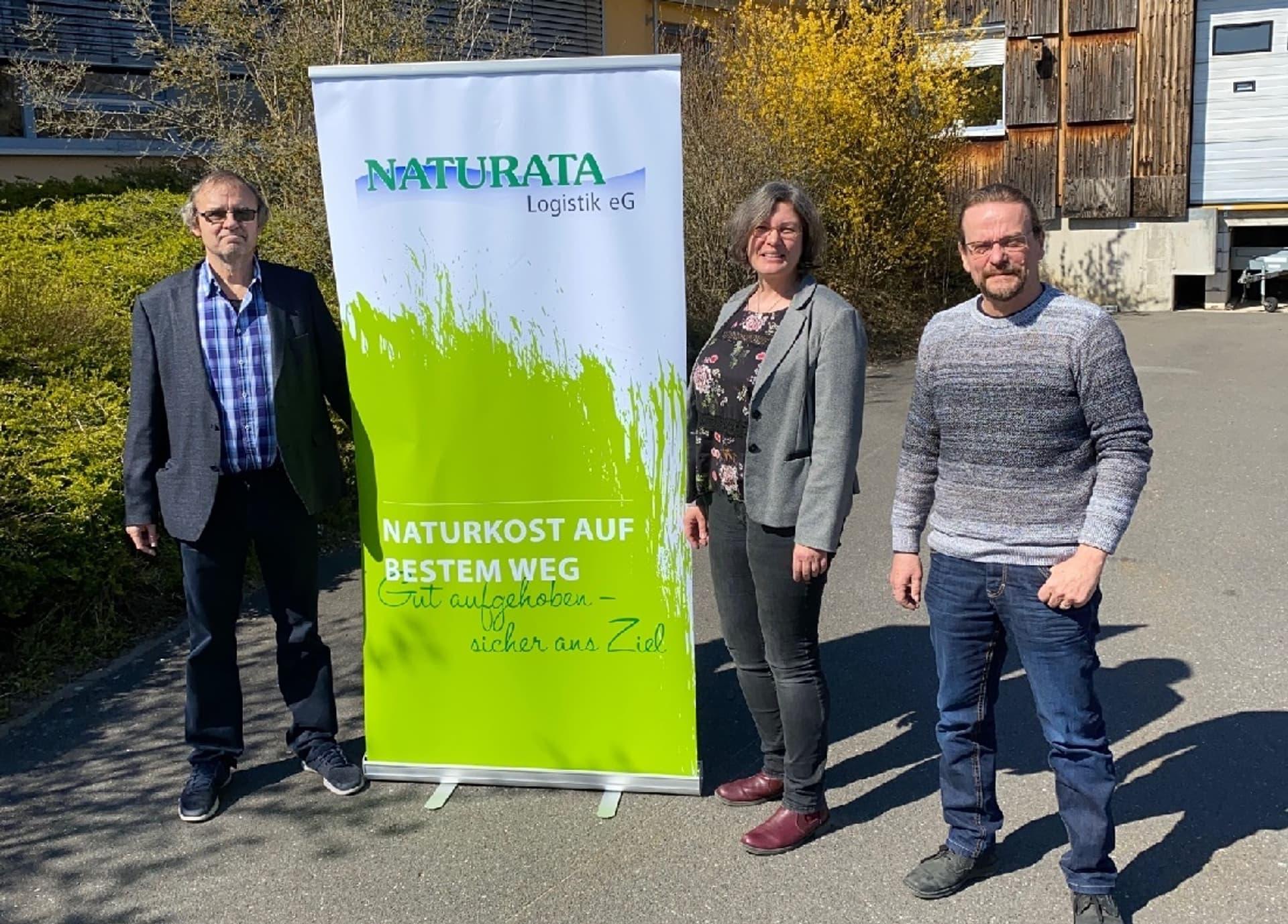 Blicken auf eine erfolgreiche Entwicklung der Naturata Logistik eG zurück: Jürgen Sauer, Doris Maag und Reinhold Hollering (v.l.)