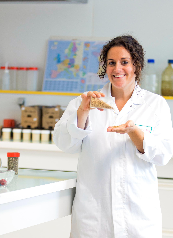 Frau in einem Labor