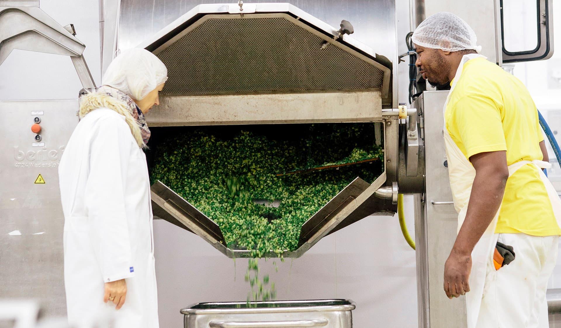 In der Produktion der organic veggie food GmbH