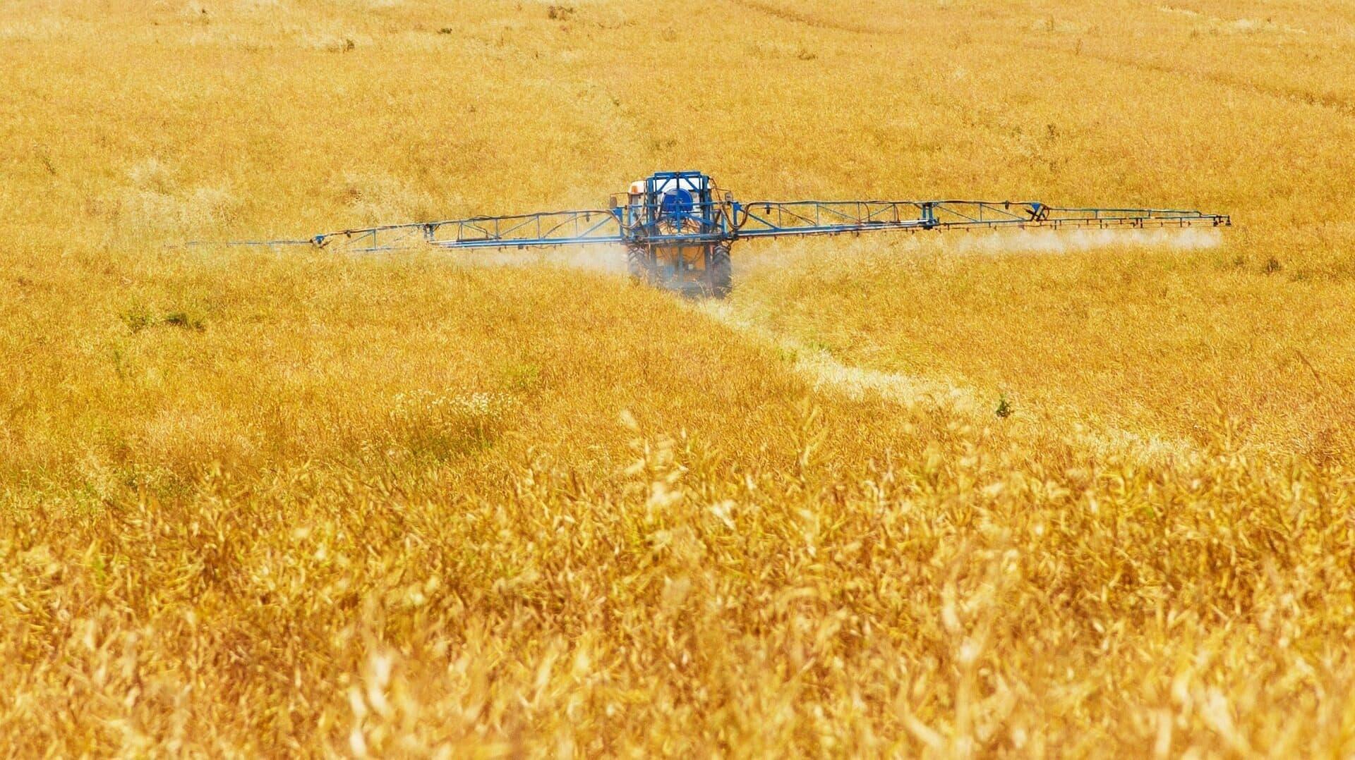 Feld Pestizide c Pixabay Public Domain Pictures