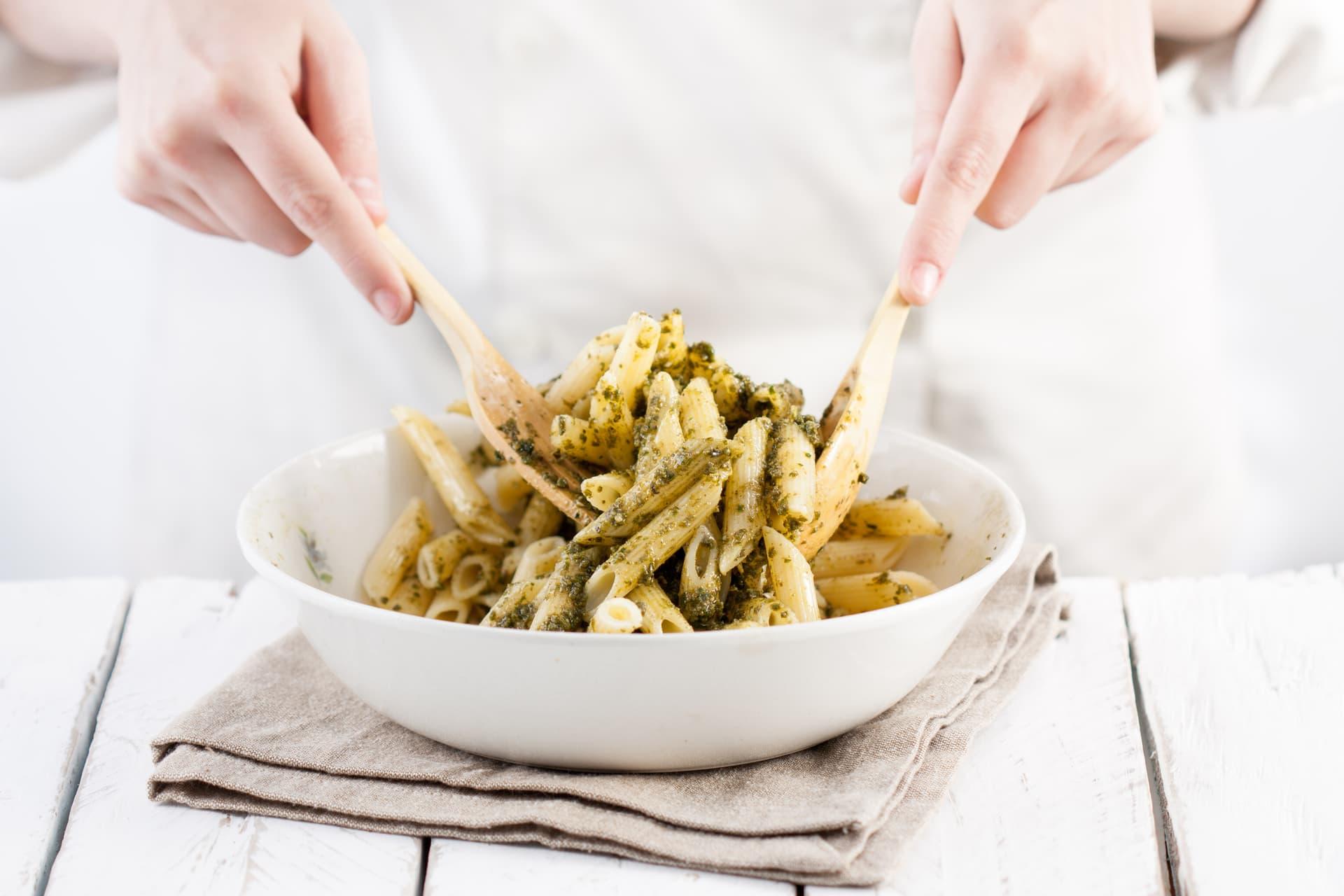 Pasta mit grünem Pesto
