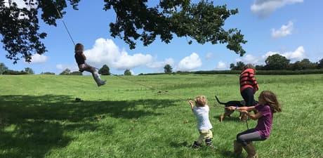 Kids rope swing