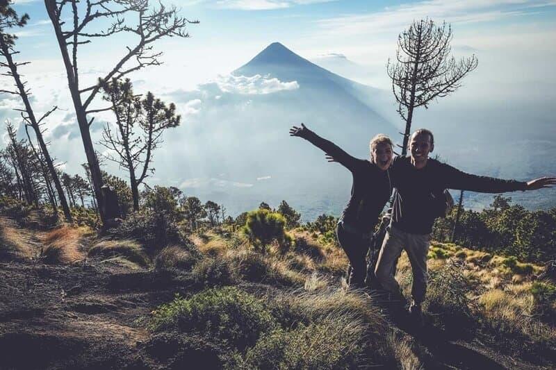 Acatenango Happy Hikers p 800