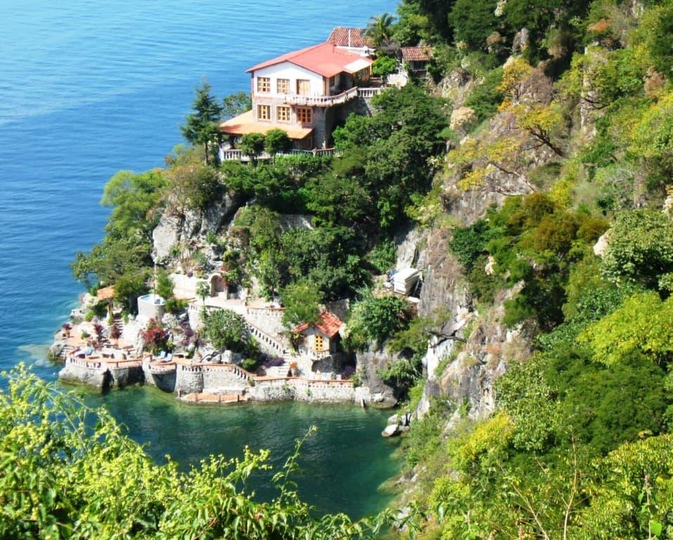 Casa del Mundo Lake Atitlan Hotel