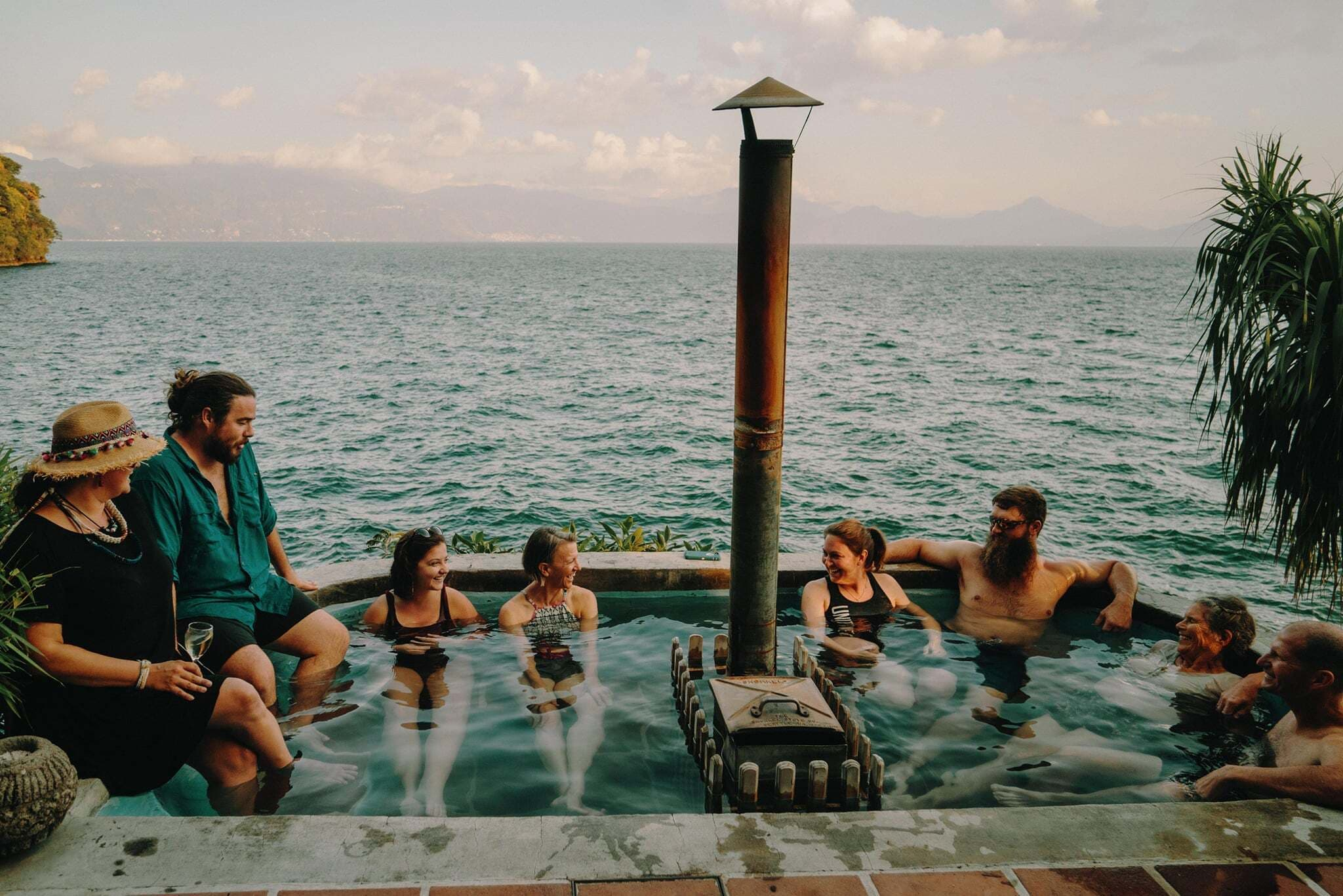 Casa del Mundo hot tub Atitlan