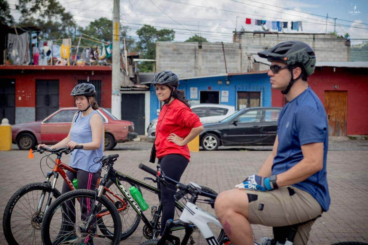 Sip n Cycle Bike Group